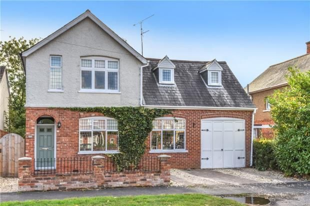 Thumbnail Detached house for sale in Florence Road, College Town, Sandhurst