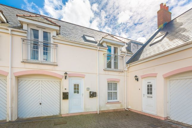 Thumbnail Flat for sale in Les Banques, St. Sampson, Guernsey