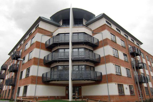 Thumbnail Penthouse to rent in Kestrel Road, Farnborough