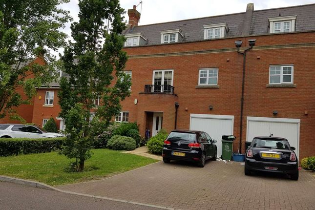 Thumbnail Detached house to rent in Hazel Lane, Ilford
