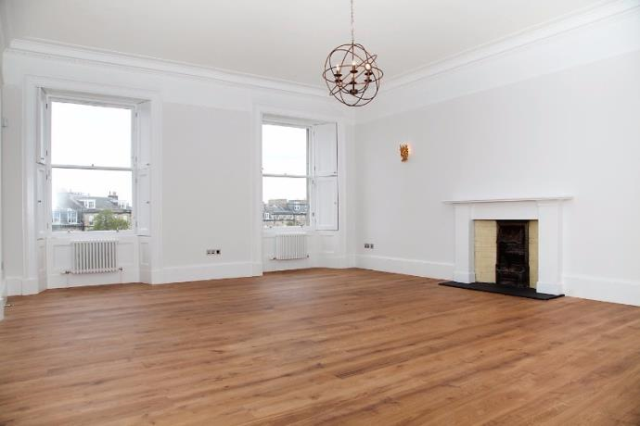 Thumbnail Flat to rent in 21 Atholl Crescent, Edinburgh