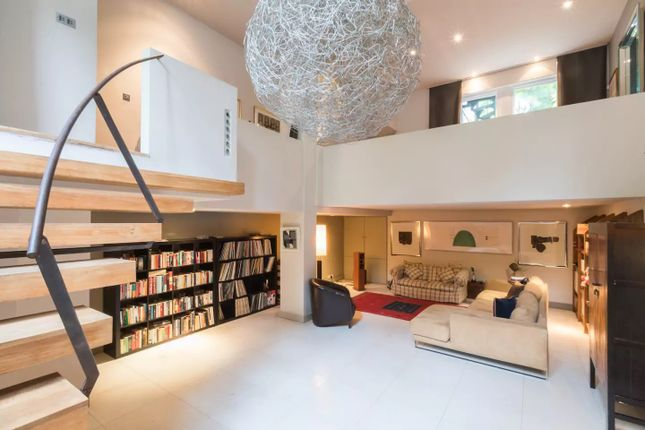 Thumbnail Semi-detached house to rent in Windmill Drive, Clapham