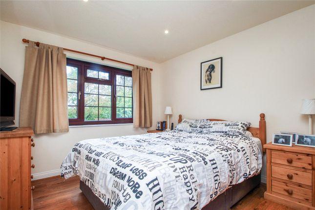 Picture No. 01 of Barton Court, Parkham, Bideford EX39