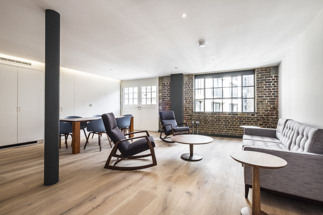 Thumbnail Flat to rent in Winchester Walk, London