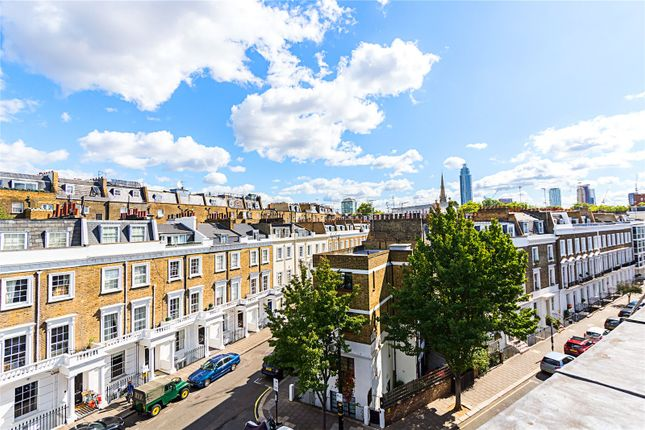 Picture No. 02 of Moreton Terrace, London SW1V