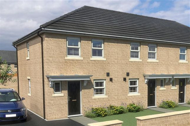 Thumbnail Town house for sale in South Lane, Elland, Halifax