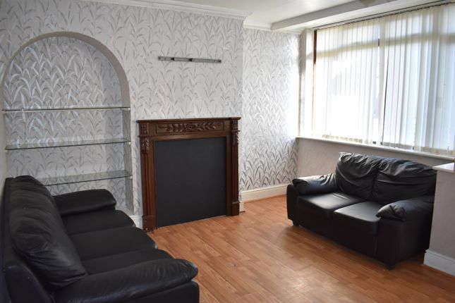 Thumbnail Semi-detached house to rent in Princess Park Lane, Hayes