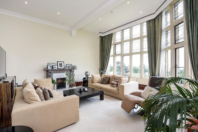 Thumbnail Flat to rent in Kingwood, Henley-On-Thames