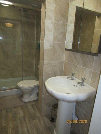 Oppulent Bahroom of Cobden Street, Derby DE22