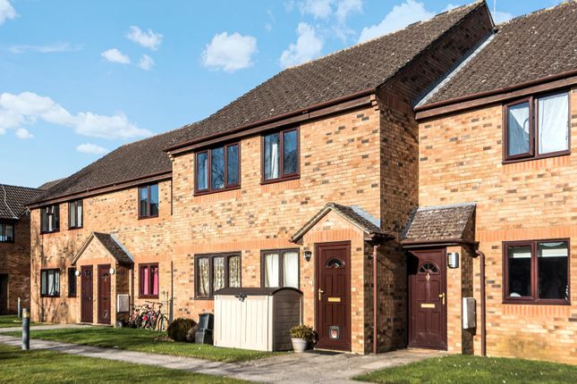 Thumbnail Flat for sale in The Larches, Carterton, Oxfordshire