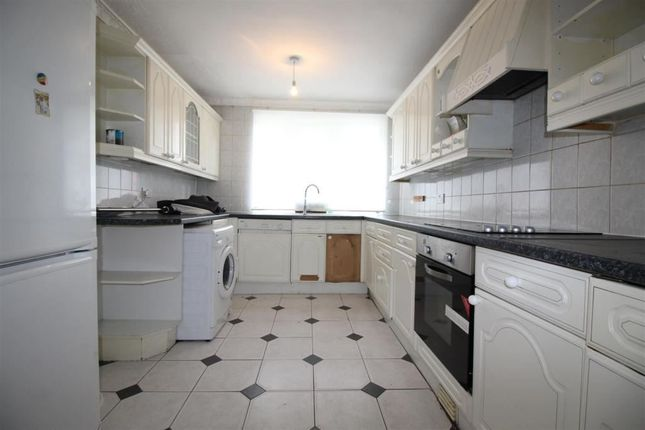 Thumbnail Terraced house for sale in Cassland Road, London