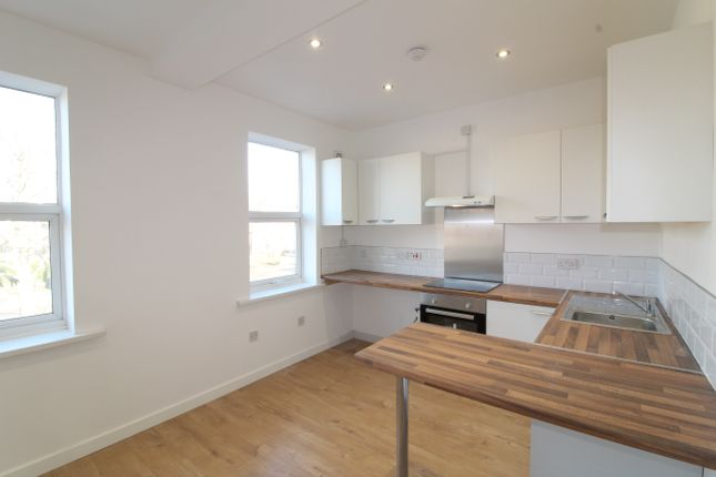 Thumbnail Flat to rent in Mansfield Road, Clipstone, Mansfield