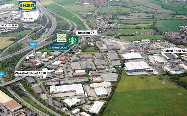 Land to let in Wakefield Road, Gildersome, Morley, Leeds, West Yorkshire