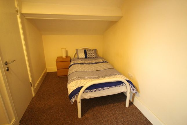 Thumbnail Room to rent in Warbreck Road, Walton, Liverpool