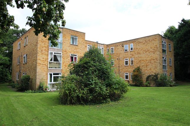 Thumbnail Flat for sale in The Oaks, Bycullah Road, Enfield
