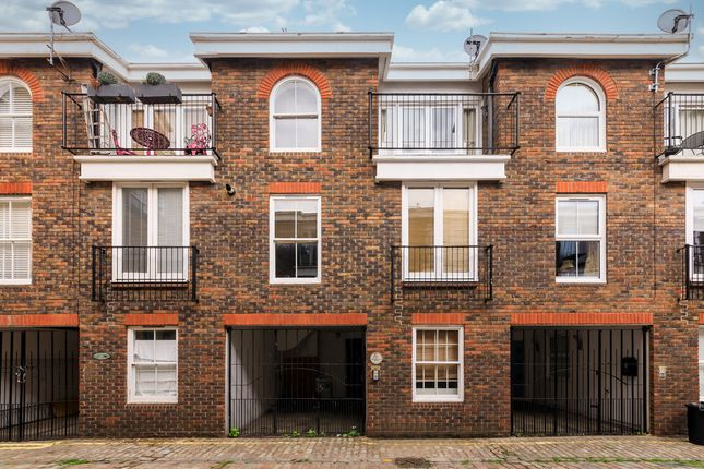 Thumbnail Detached house to rent in Elgin Mews North, Maida Vale, London