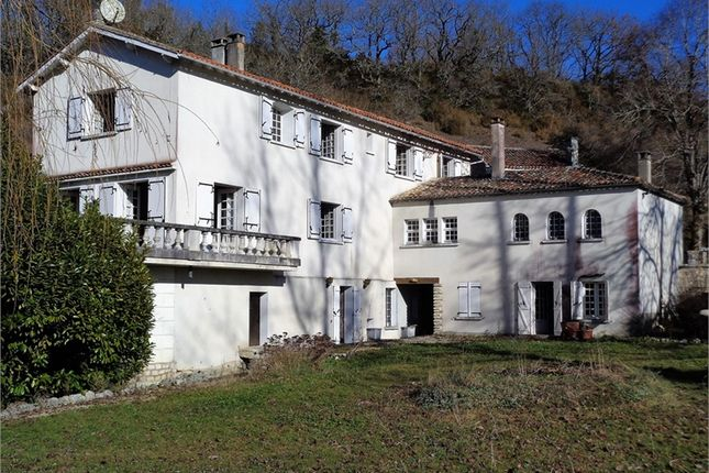Thumbnail Property for sale in Poitou-Charentes, Charente, Dirac