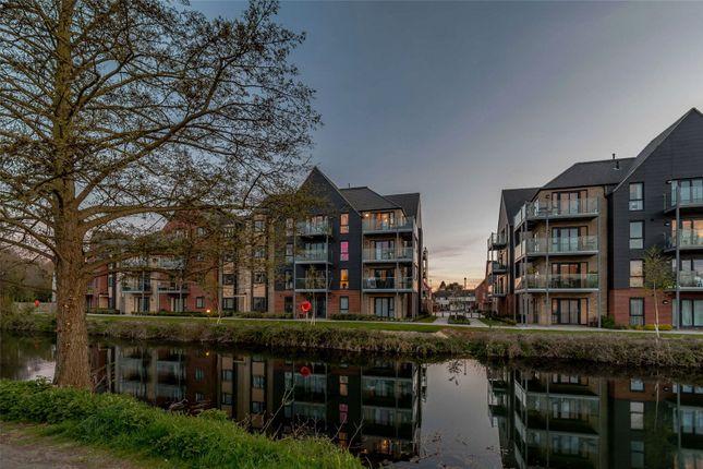 2 bed flat for sale in River View, Bishop's Stortford, Hertfordshire CM23