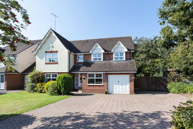 5 bed detached house for sale in Warren Drive, Southwater, Horsham