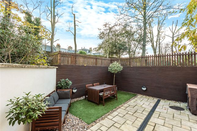 Thumbnail Flat for sale in Stefan House, 698 Green Lanes, Winchmore Hill, London