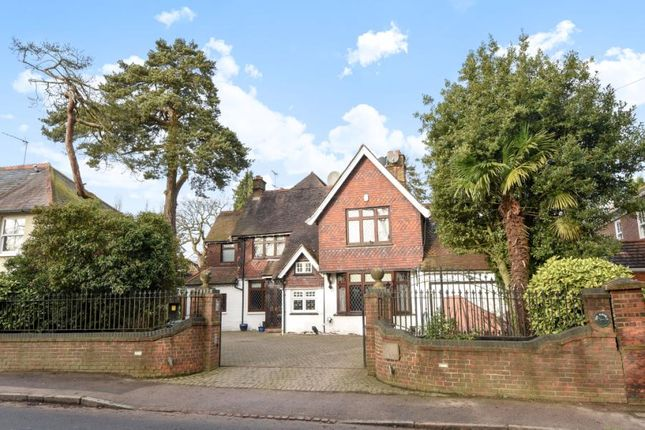 6 bed detached house for sale in Barnet Road, Arkley