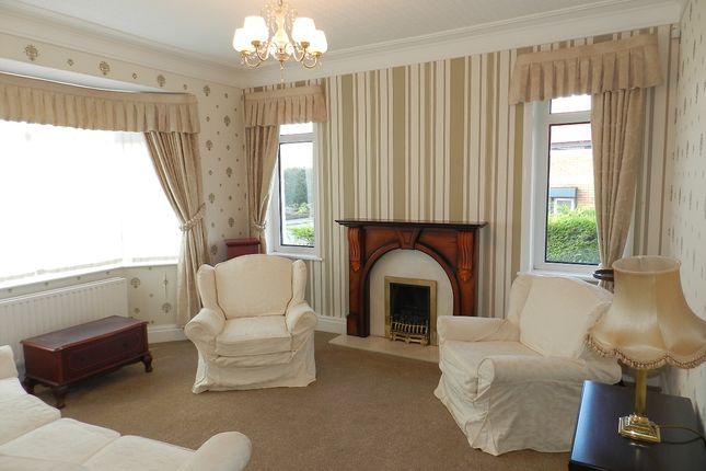 Thumbnail Detached bungalow to rent in Blackpool Road, Clifton, Preston