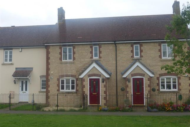 Thumbnail Property to rent in Marlott Road, Gillingham