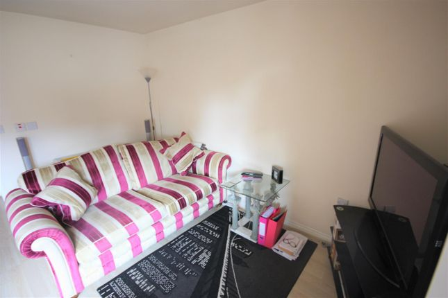 Thumbnail Maisonette to rent in Chester Road, Rugeley
