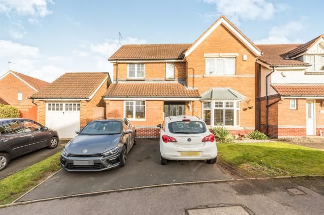 Thumbnail Detached house for sale in Tiverton Drive, West Bromwich, West Midlands