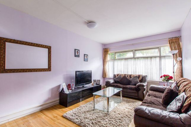 Thumbnail Flat for sale in Nether Street, Finchley