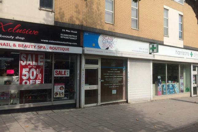 Thumbnail Retail premises to let in Pier Road, Riverside Shopping Centre, Erith, Kent
