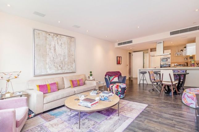 Thumbnail Flat for sale in Cubitt Building, Gatliff Road, Grosvenor Waterside