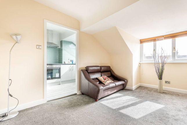 Thumbnail Flat to rent in Gleneagle Road, Streatham, London