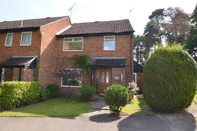 Thumbnail End terrace house to rent in Arnett Ave, Finchampstead, Berkshire