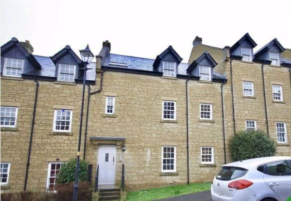 2 bed flat to rent in Flowers Yard, Chippenham SN15
