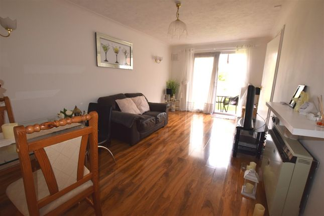 Lounge of Portland Close, Chadwell Heath, Romford RM6