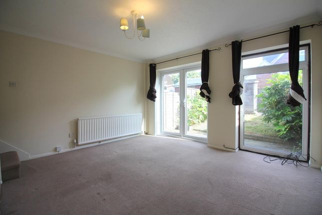2 bed terraced house to rent in Stowe Crescent, Ruislip