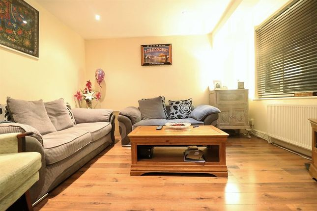 Thumbnail Terraced house to rent in Sewardstone Road, London