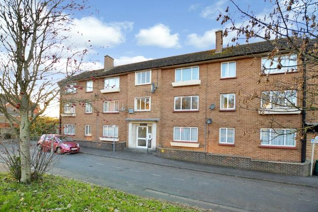 Thumbnail Flat to rent in Queensway House, Queensway, Newton Abbot, Devon