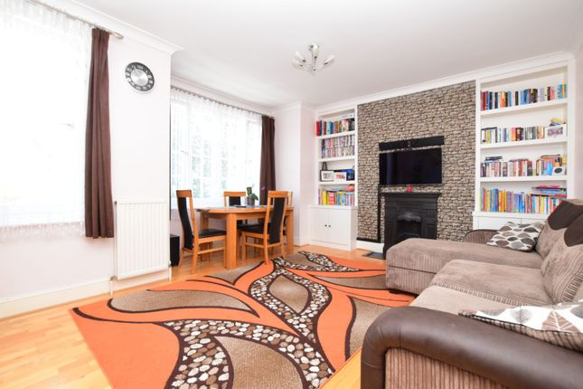 Thumbnail Flat for sale in Richmond Avenue, Wimbledon Chase