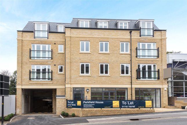 Thumbnail Flat to rent in Parkfield House, 96 London Road, Sevenoaks, Kent