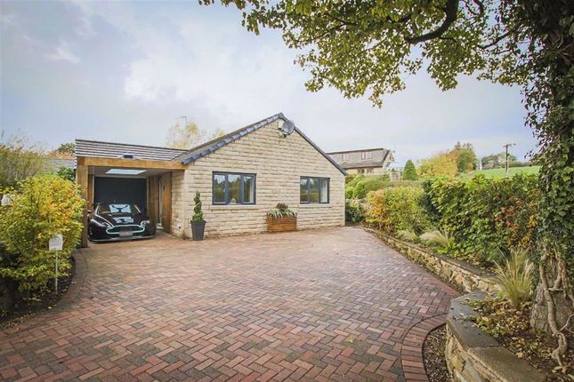 3 bed detached bungalow for sale in Sykes Close, Salterforth, Lancashire BB18