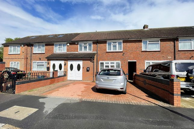 Thumbnail Terraced house for sale in Northfield Road, Hounslow