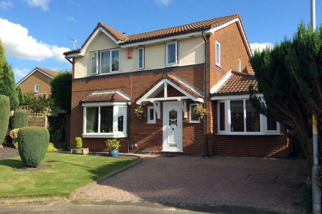 Thumbnail Detached house for sale in Lime Close, Dukinfield