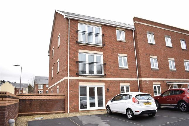 Thumbnail Flat for sale in Clayton Drive, Pontarddulais, Swansea