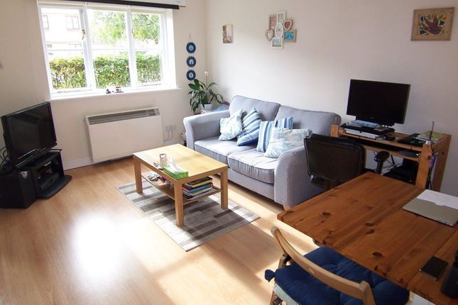 Thumbnail Flat to rent in California Road, New Malden