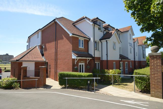 Thumbnail Flat for sale in Llewelyn Lodge, Cooden Drive, Bexhill-On-Sea