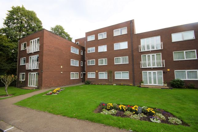 Thumbnail Flat to rent in Chesswood Way, Pinner