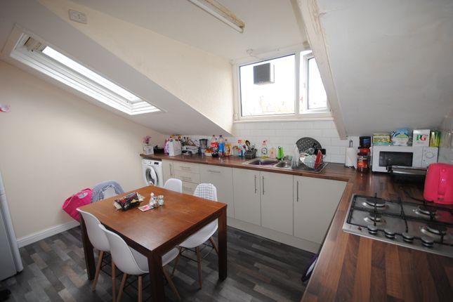 Thumbnail Terraced house to rent in 19 Cardigan Road, Headingley, Leeds, Headingley, West Yorkshire, Headingley