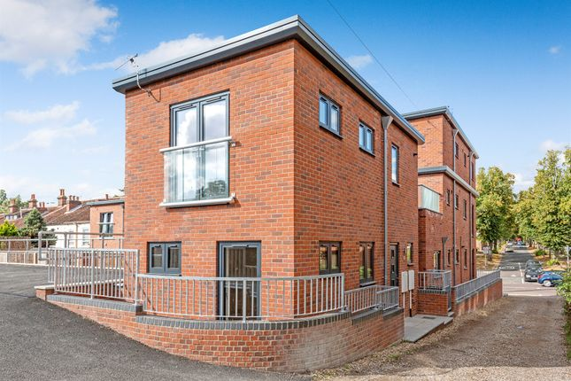 Thumbnail Detached house for sale in Sprowston Road, Norwich